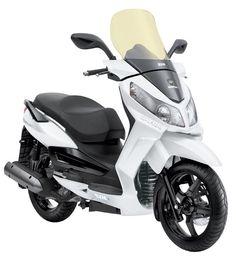 A Dafra Citycom 300i é uma scooter ideal para quem quer versatilidade, conforto e bom desempenho. Confira: http://www.consorcioparamotos.com.br/noticias/consorcio-dafra-citycom-300i-a-partir-de-r-277-23-mensais?utm_source=Pinterest