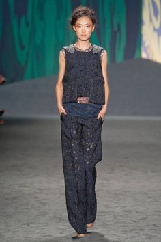 Vera Wang Spring 2013 RTW Collection - Fashion on TheCut