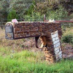 my husband would love this Mailbox
