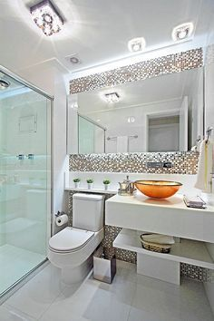 Best bathroom design apartment home decor 46 ideas Bathroom Design Luxury, Bathroom Design Small, Bathroom Layout, Home Interior Design, Bathroom Cabinets, Bathroom Ideas, Shower Ideas, Serene Bathroom, Interior Decorating