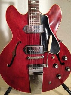 Beautiful Late 60's Gibson ES 330 w Lyre Vibrola