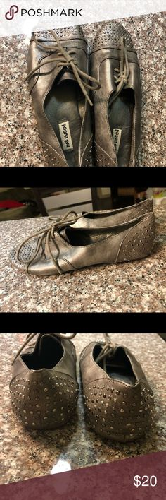 Not Rated Silver Flats Dark Silver Not Rated flats. These were used a few times but in great shape! Just not my style anymore. Very comfortable. Not Rated Shoes Flats & Loafers