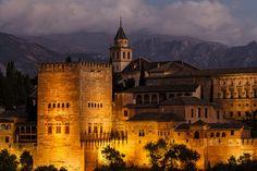 La Alhambra de Granada by Jesus M Ruiz