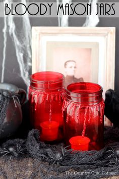 Make these bloody mason jars for your Halloween decorations!  Super scary and super easy to make!