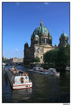 #Berlin you have to see this place... it's amazing
