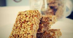 Suroviny: 300 g sezamových semínek 150 g medu Postup: Sezamová semínka opražíme na suché nepřilnavé pánvi, med přivedeme k varu. V...