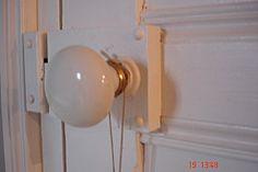 une poignée ancienne  http://victoire-et-clarence.over-blog.com/article-33333440.html