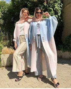 Modern Hijab Fashion, Modesty Fashion, Street Hijab Fashion, Abaya Fashion, Muslim Fashion, Fashion Dresses, Mode Abaya, Mode Hijab, Mode Kimono