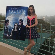 """- Lauren Kate (@laurenkatebooks) en Instagram: """"Angels summoning the fog in Laurel Canyon #fallenmovie"""""""