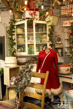 Sweet Magnolias Farm Christmas Shop Display at Camp Flea Antique Mall Ozark, MO