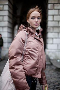 Hot or not? Met de oversized puffer jas blijf je deze winter ongetwijfeld warm – NSMBL