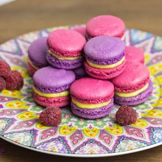 Objetivo cupcake perfecto macarons de vainilla y frambuesa - Tarta red velvet alma obregon ...