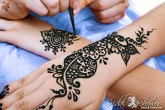 Treating your friends and family at your Bridal Shower to some beautiful Henna (Mehndi) Tattoos is a gorgeous idea! There are so many lovely patterns from swans and peacocks to dragonflies, butterflies and flowers! Mehndi symbolise the strength of the happy couples union and inviting good fortune and joy! # Fun Bridal Shower Activities # Fun Bridal Shower Games Mehndi Bridal Shower