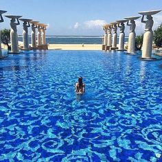The Mulia Bali, Indonesia. Would love to swim in this pool ⠀ ⠀ ⠀ ⠀ ⠀ Vacation Places, Dream Vacations, Vacation Spots, Places To Travel, Places To See, Honeymoon Destinations, Romantic Vacations, Italy Vacation, Romantic Travel