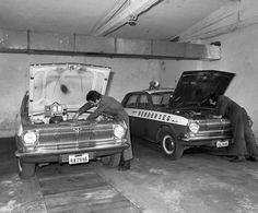 Hungary - Police car - Volga