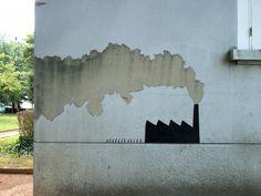Dalla crepa al fumetto, quando la street art è ''ironica''