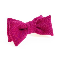 Donegal tweed bow tie bright pink.