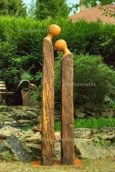 Do you still love the simple lines as this garden art speaks - . - Do you still love the simple lines of how this garden art speaks – … - Cement Garden, Metal Garden Art, Wooden Garden, Bear Decor, Garden In The Woods, Outdoor Art, Outdoor Benches, Wooden Art, Wood Sculpture