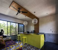 Casa T : Salones modernos de Studio Arquitectos
