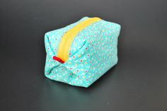 diy: pouf zippy pouch - OH SO PRETTY the DIARIES