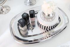 shiny silver trays for cosmetics and pretty accessories  - Adalmina's Secret