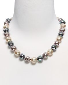 """Majorica Baroque Pearl Necklace, 20"""" Praying to the consignment gods."""