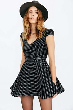 Faithfull The Brand Sunday Daze Dress - Urban Outfitters