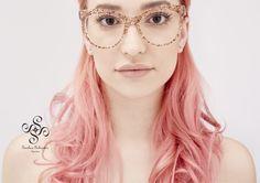 Sashee Schuster Campaign 2016 | AFRA #SasheeSchuster #BrillenmanufakturKinsau #handcraftedEyewear #acetate #eyewear