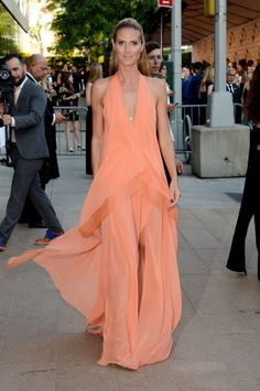 Heidi Klum in Donna Karan resort 2015. Photo: Mike Coppola/Getty Images.