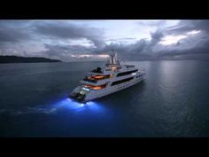 Ocean LED TV 49.6 meter (163 ft) L.O.A. M/Y Casino Royale, the yacht named after the James Bond film. Boat International Media and OceanLED filmed in St Maarten some of the most breath taking footage ever shot of a super yacht at dusk. With 10 x 3010 blue Flush Mount LED underwater lights in the aft of the yacht, the effects are totally out of t...
