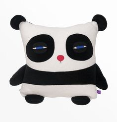 Coussin Décoratif Panda par velvetmoustache sur Etsy https://www.etsy.com/ca-fr/listing/181473809/coussin-decoratif-panda