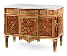 A gilt-bronze-mounted kingwood, amaranth and sycamore parquetry commode, attributed to Martin Carlin, ca 1780-85; 92 x 128 x 59cm. Estimation 120,000— 180,000 GBP (2012)