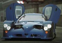 22-Oct-2013 13:08 - PANOZ LEVERT STRAATLEGALE RACEBEESTEN OP AANVRAAG. De Amerikaanse sportwagenfabrikant Panoz heeft een aardig arsenaal aan circuitmonsters in de aanbieding. Wil je zo'n scheurneus graag op de openbare weg, dan kan dat vanaf nu ook!...