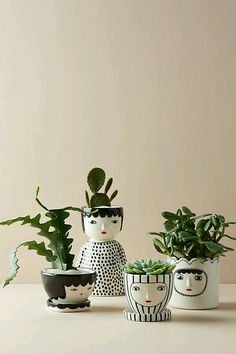 100 Beautiful DIY Pots And Container Gardening Ideas Face Planters, Planter Pots, Succulent Pots, Succulents Diy, Clay Planter, Indoor Succulents, Succulent Containers, Container Flowers, Container Plants