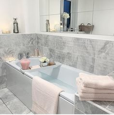 Beneficial reference related to Bathroom Ideas Decor Color Dream Home Design, Home Interior Design, House Design, Bathroom Design Luxury, Bathroom Design Small, Dream Bathrooms, Beautiful Bathrooms, Design Exterior, Glitter Bathroom