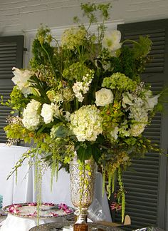 300 Classic White And Green Flowers Ideas In 2020 Flower Arrangements Wedding Flowers Floral Arrangements