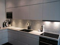 Kök med mosaik T1515 Carrara Glam