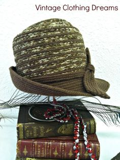 20s Style Cloche Gatsby 1920s style hat by VintageClothingDream, $26.00