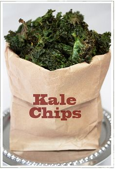 Baked Kale chips recipe: rip (washed) kale into bite sized pieces (no big stems) coat with olive oil (about 2 tbsp) and salt to taste bake ate 350 for min. or until crispy but not brown -- I LOVE kale chips! Kale Chip Recipes, Paleo Recipes, Real Food Recipes, Cooking Recipes, Yummy Food, Tasty, Chips Kale, Roasted Kale Chips, Potato Chips