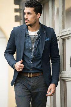 T-shirt stampata 40weft, camicia denim e giacca blu con taschino, fantastico mix. #moda #fashion #ootd #40weft www.40weft.com