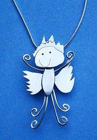 Zilveren hanger van kindertekening