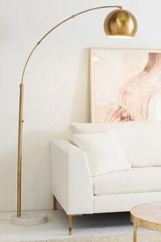 Get the mid-century style lighting designs in your home interior design project. Check how an arc floor lamp can favour your home design ideas that are going to blow your mind! Gold Floor Lamp, Arc Floor Lamps, Modern Floor Lamps, Arc Lamp, Decor Interior Design, Interior Decorating, Modern Interior, Decorating Ideas, Bedroom Decor
