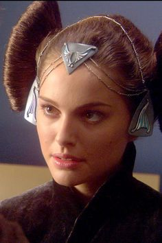 Star Wars Episode II. Senator Padmé Amidala (Natalie Portman). Coruscant 'packing' dress. Detail of hair ornaments.