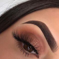 """Easily recreate this eye makeup look using Lipani Skincare's super pigmented eyeshadow in shade """"Misfit"""". Photo Credit: (if this is your photo, please message us!) #Eyemakeup"""