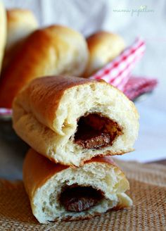 Brust papillon: Home bollicaos Cacao Recipes, Chocolate Recipes, Cacao Powder Benefits, Good Morning Breakfast, Blondie Brownies, Cooking Cake, Pan Dulce, Drip Cakes, Bread Rolls