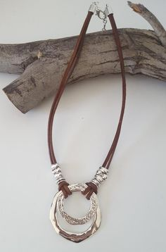 necklace models - endless Ring, Boho, leather necklace, woman leather choker, beaded necklace - My Popular Photo Leather Necklace, Leather Jewelry, Wire Jewelry, Boho Jewelry, Jewelry Crafts, Beaded Jewelry, Jewelery, Handmade Jewelry, Fashion Jewelry