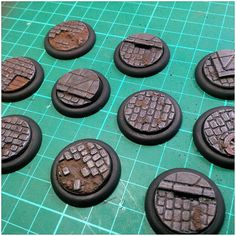 Miniature Bases, Minas Tirith, Game Terrain, Ashley Wood, Tyranids, Wargaming Terrain, War Hammer, Paint Effects, Fantasy Miniatures