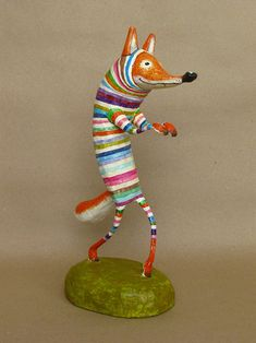 Mauricio Perez rainbow wolf paper mache figurine Paper Crafts - The Ultimate Craft Ideas Paper craft Paper Mache Projects, Paper Mache Clay, Paper Mache Sculpture, Paper Mache Crafts, Paper Mache Animals, Creation Deco, Paperclay, Art Lessons, Art Dolls