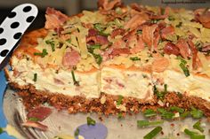 Savory Bacon & Cheddar Cheesecake - Slice into small pieces and serve on crackers and listen to the crowd go WILD! Bacon Cheesecake, Cheesecake Recipes, Cheesecake Cookies, Cheesecake Bites, Appetizers For Party, Appetizer Recipes, Dessert Recipes, Desserts, Chipotle