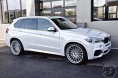rici Bmw X5 E53, Bmw X6, Luxury Car Brands, Luxury Cars, My Dream Car, Dream Cars, Moto Car, Bavarian Motor Works, Suv Trucks